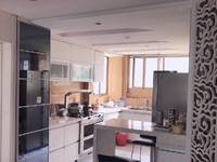 新出 常发豪庭国际 精装三房 163平 370万 地铁口 市府旁 繁华地段 诚
