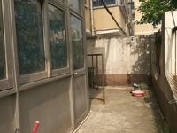 城中花苑一楼带院子三房,独门独户采光好,实验小学房有钥匙随时看房