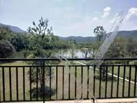 19年现房 临湖赠送100万装修合同 100平前后花园 5.8米挑高 1.3万