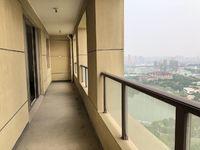 青枫公园宝龙旁大平层,330万送车位,超大阳台随时看房