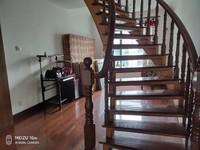 单价不过万的空中 别墅 精装修好可以一家三代同堂生活 有钥匙