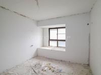 紫金城 22楼 毛坯3房 基础装修已完工 看中价格可谈