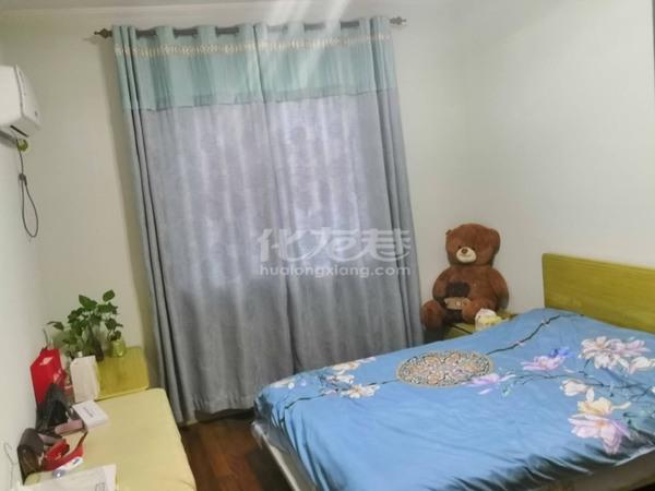 出售怀小 清潭中学文亨花园4室2厅2卫145平米225万住宅