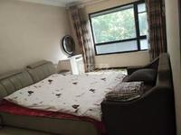 双学校路劲城精装三室满两年省税 间距大采光好看房方便可议价