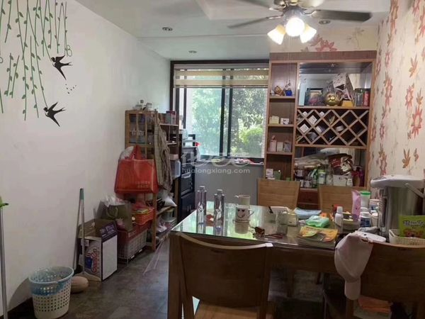 天隽峰旁阳湖名城 豪华装修 满两年 送院子 实小教育房 全天彩光