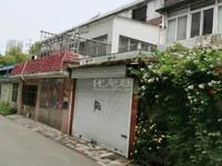 锦绣花园 别墅前后院 产证180平实际300平 随时看房 全款价位可议