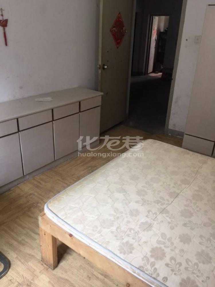 出租玲珑花园3室2厅1卫120平米500元/月住宅