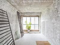 嘉宏云顶 三室两厅 很好的楼层brt沿线 三朝南户型 新小区 满两年 诚售