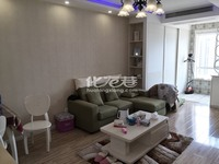 出售港龙紫荆城1室1厅1卫68平米92万住宅