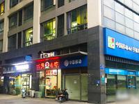 飞龙路金百国际商业广场,小区底商