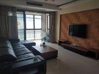 世茂香槟湖一期南北通透房型绝佳136平3室2厅仅售245万