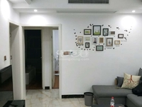 飞龙公园旁银河湾二期3室2厅1卫精装修品牌卫浴家电家具交通方便有钥匙随时欢迎看房