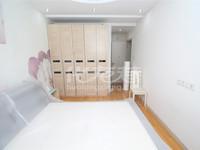 滨江明珠城三房两卫,全新装修,南北通透,有钥匙,只要155万
