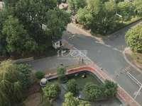 阳湖名城,户型方正三开间朝南,采光透亮,南北双阳台,景观房,有钥匙