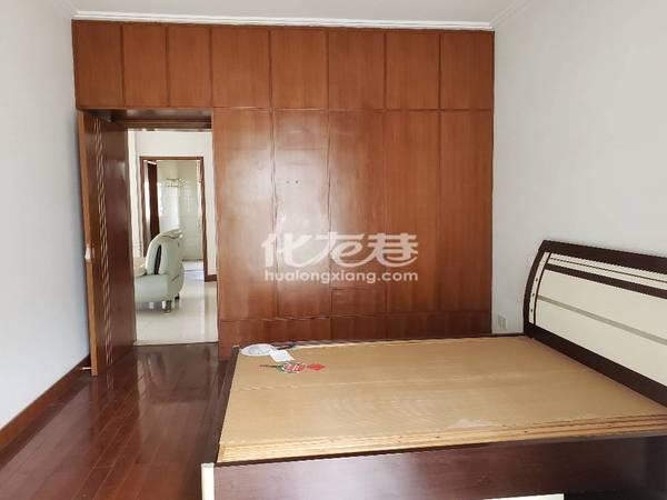 聚和家园3室1厅1卫105平米2800元/月住宅