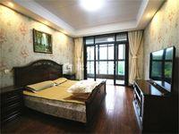 香江华庭豪装4房2厅2 户型好采光好成熟小区 怀小清潭中学