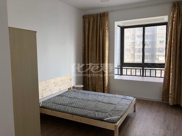 出租宝龙广场3室2厅1卫123平米2600元/月住宅