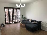出租宝龙广场3室2厅1卫124平米2600元/月住宅