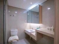 悦动广场5米7挑高公寓 总价40万!在售910楼全景落地窗