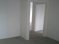 世纪华城二期 三室两厅 毛坯房东首户 户型方正