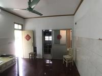 通济新村新上带院子一室一厅一卫,博爱空置北郊可用,南北通透。