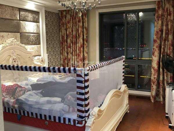 区政府地铁口弘建一品旁 莱蒙城 豪装复式 全天采光 装修豪华 超大阳光房 满两年