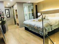 出售 天安数码城挑高5.4米 精装修带阳台复式公寓