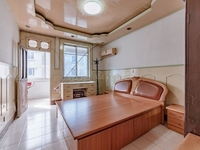 花东二村地铁口两房,低总价,低首付,好楼层,实验小学送车库