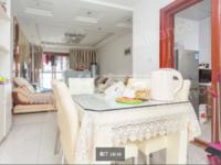 武进吾悦广场商圈,优质精品三房,采光好,诚意出售看房方便,低价格!