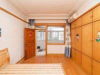 解小 二十 麻巷公寓 3室2厅2 精装 采光足 楼层佳