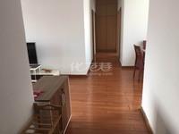 出租世茂香槟湖3室2厅2卫132.15平米2800元/月住宅