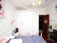 世茂香槟湖 豪装 四室两厅 小高层 超高得房率 全屋品牌定制 绝对的性价比