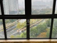 博小北郊青山湾——92平米精装修满两年235万——拎包即住预约看房