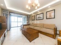 龙湖香醍漫步 中式装修全实木家具 中间楼层 诚心出售 看中价可谈
