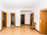 盘龙苑三房 中间楼层 满两年 中等装修三面采光 采光好