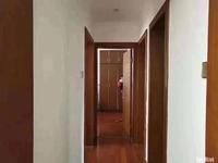 新出 天安花园 地铁口 中装3室2厅2卫 126平 175万 诚售