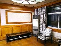 128万出售浦南新村4楼精装三房 满五年唯一 南北通透 采光好 配套成熟 价面议
