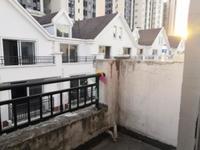 中天美墅 可商可住的联排别墅 一楼挑高六米 带阁楼赠产权车位