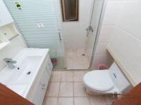 常发豪庭国际 两房精装修 满二年税少 楼下地铁口 看房方便 诚售