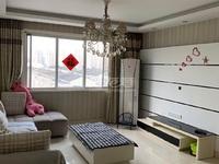 华润国际 兰陵尚品婚房首次出租 豪华装修设备齐全 交通生活都便利有车位