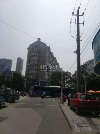 急售八角井一楼商铺菜市场对面中心位置81.5平方165万周围北直街医院学校方便