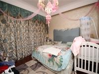 新北万达旁,朗诗绿郡精装四房,全屋索菲亚,层高3.4米,诚售