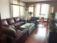 24中桃园公寓4楼装修保养很好拎包入住桃园新村旁