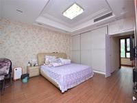 环球港旁美地山庄精装联排别墅,带地下室和阁楼,采光好看房方便